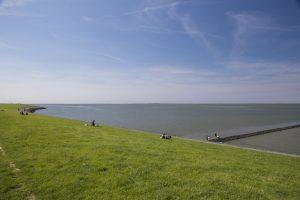 Ostbense - Nachbarort von Neuharlingersiel in Ostfriesland an der Nordseeküste