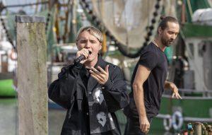 ZDF-Fernsehgarten on Tour in Neuharlingersiel - 13.10.2019 - Isac Elliot, ein finnischer Popsänger mit hohem Bekanntheitsgard - Foto: ZDF/Sascha Baumann