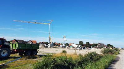 Sanitärhaus als Gulfhof - Fundament-Betonierung mit der Betonpumpe