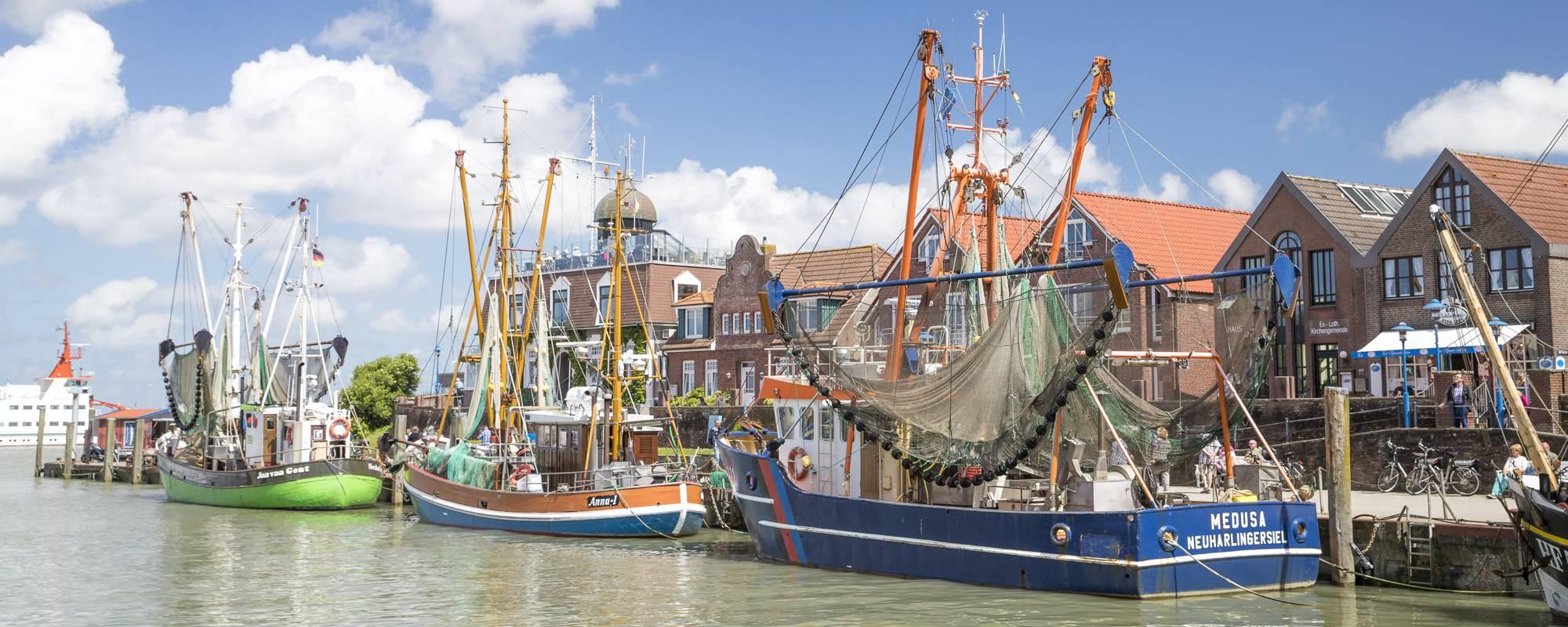 Kutterhafen Neuharlingersiel - Krabbenkutter Medusa, Anna I und Jan van Gent