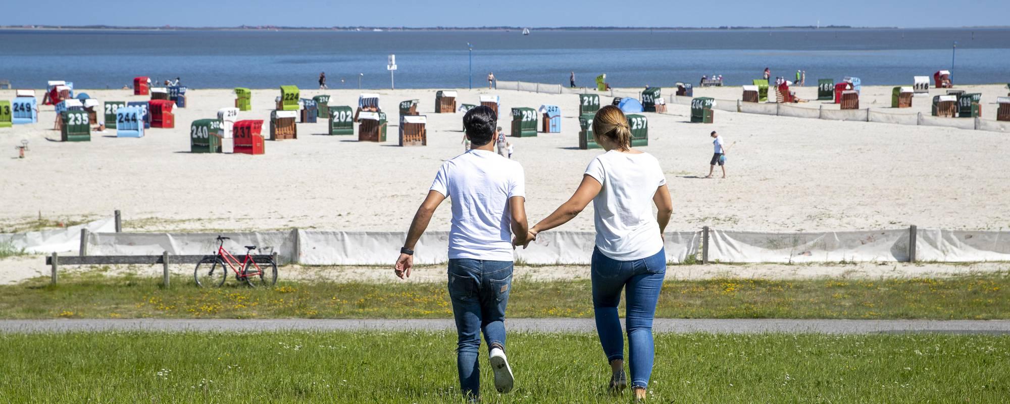 Nordseestrand Neuharlingersiel und Strandkörbe