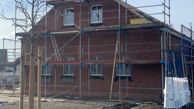 Sanitärgebäude Gulfhof mit Fenster